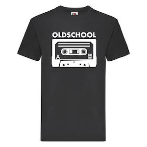 """T-Shirt - """"Oldschool"""", kassettband"""