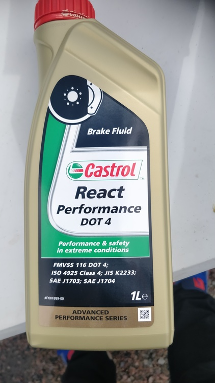 Castrol Performance Dot4