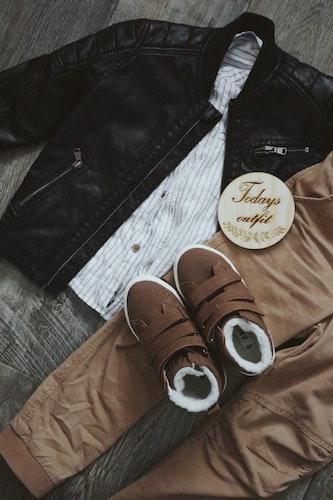 "Träskylt ""Todays outfit"""