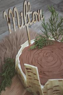 Cake topper - eget namn