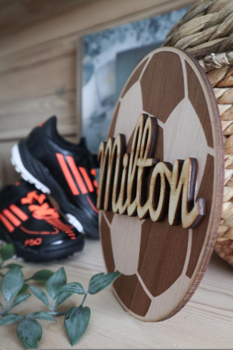 Tavla - fotboll med namn