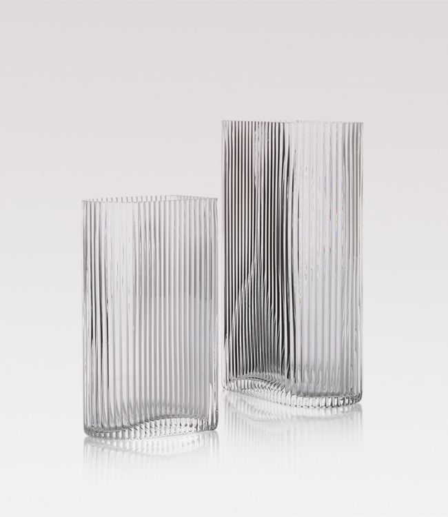 Ribbed vase set of two