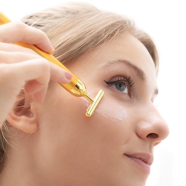 Ansiktsmassage-apparat mot rynkor och fina linjer