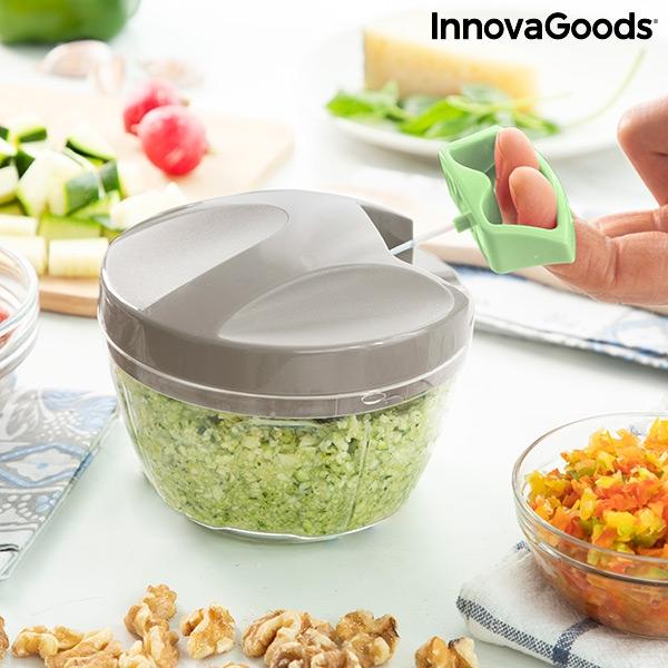 Gör pesto med denna praktiska grönsakshackare