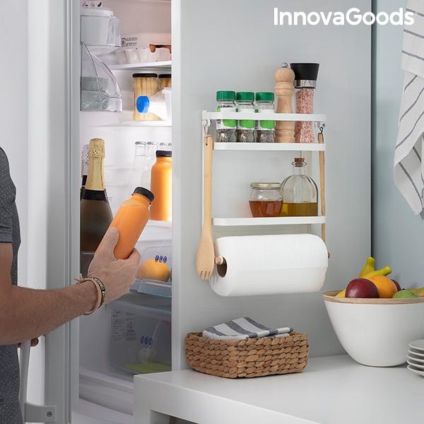 Vägghylla magnetisk för kryddor och som kan fästas på kylskåpet