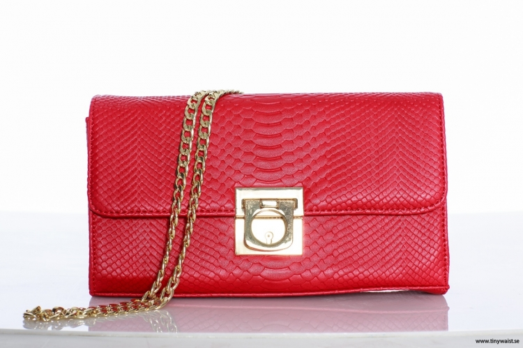 Red Snake Clutch