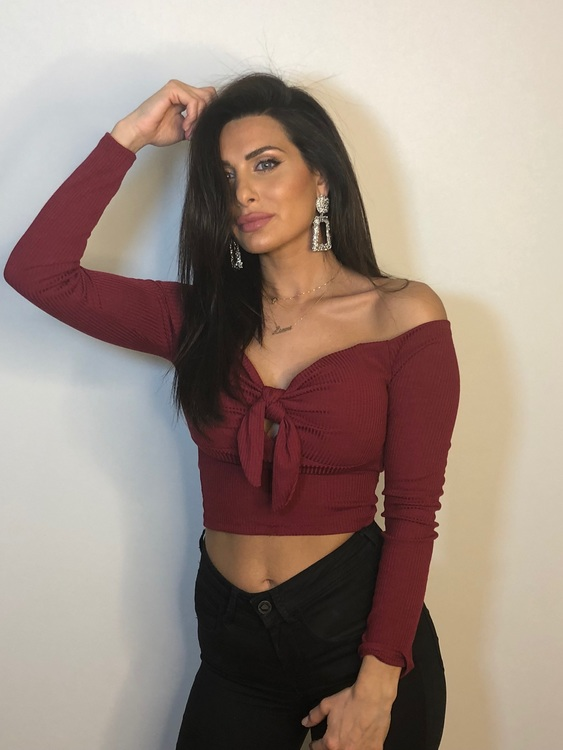 Lexi Long Sleeve Crop Top With Tie Bordeaux