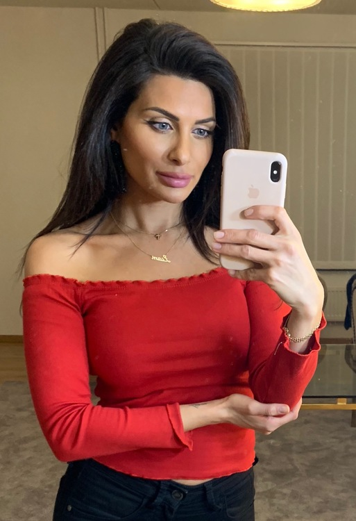 Adrianna Off Shoulder Long Sleeve Top Red