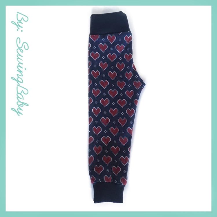 Sewingbaby - Leggins - Xmas heart