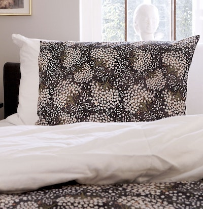 Elderflower Taupe (Black) - Duvet cover  / Single
