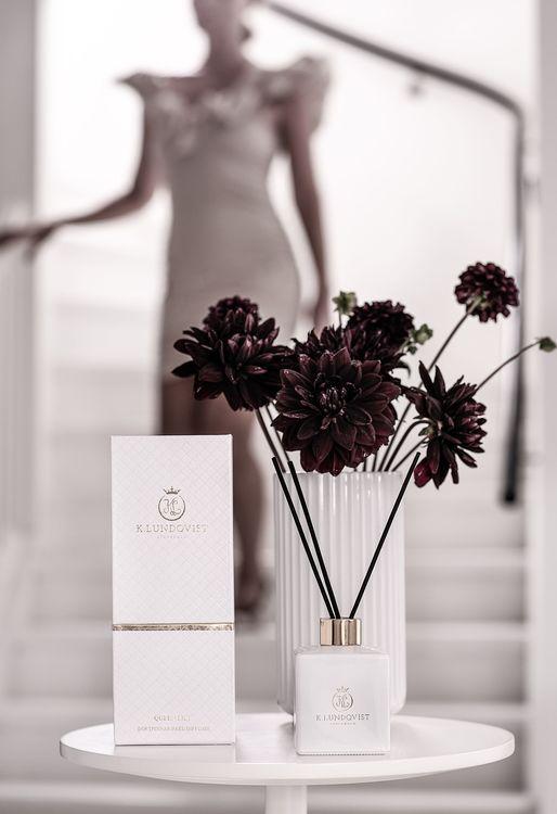 K. Lundqvist - Doftpinnar - Queen Lily Lime, basilika och liljor  (Utgående modell)