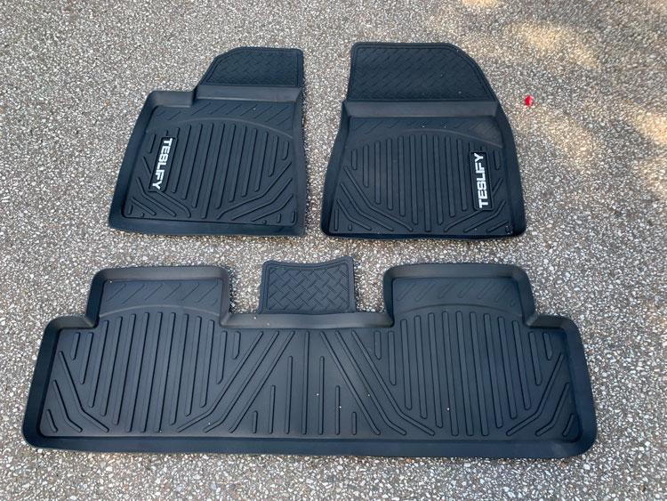 3D bilmattor till Tesla Model 3 - två mattor fram och en hel till baksätet