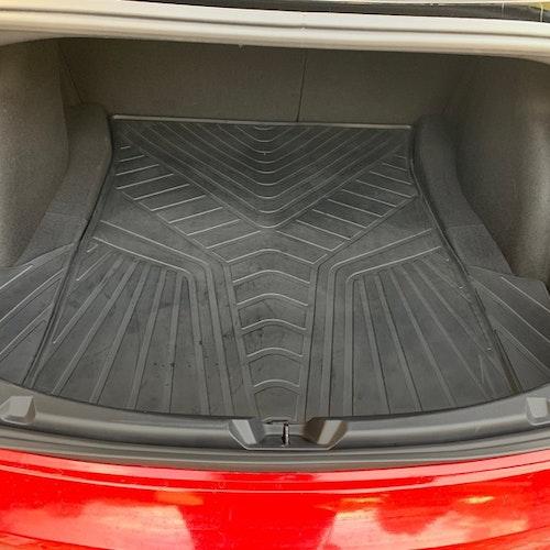 Bagagematta bak - Tesla Model 3