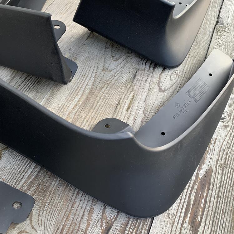 Stänkskärmar till Tesla Model X - komplett set om 4 - svarta