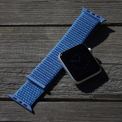 Apple Watch armband i nylon - atlantblå