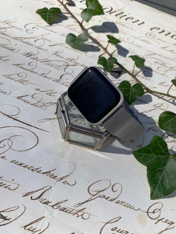 Apple Watch armband Milanesisk loop - silver