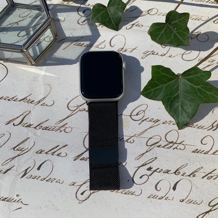 Apple Watch armband Milanesisk loop - svart