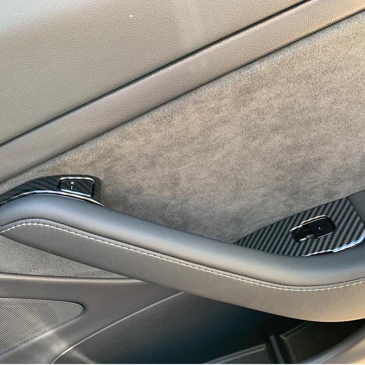Dörr- och fönsterhissknappar i ABS carbon fiber - Tesla Model 3