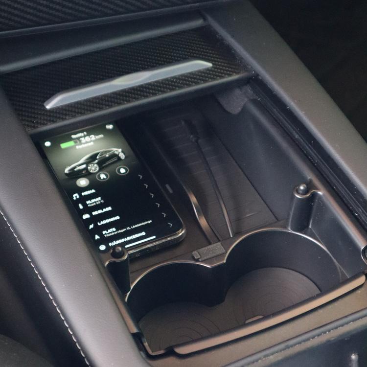 Trådlös mobilladdare till Tesla Model S / X
