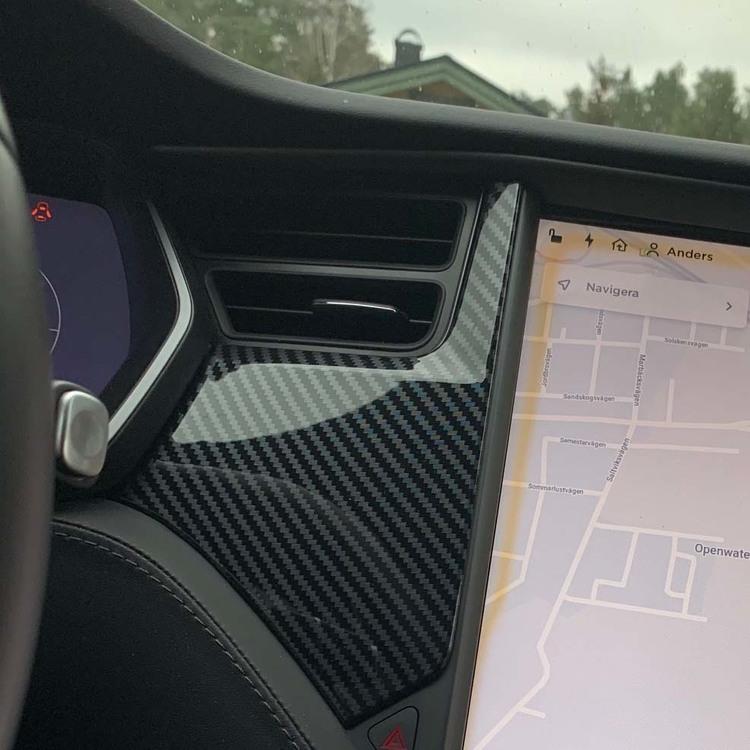 Paneler till instrumentbrädan carbon fiber glossy - Tesla Model S/X