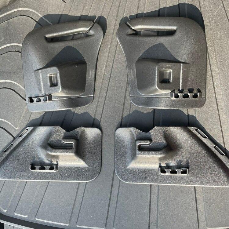 Insynsskydd rullgardin t bagageutrymmet - Tesla Model Y