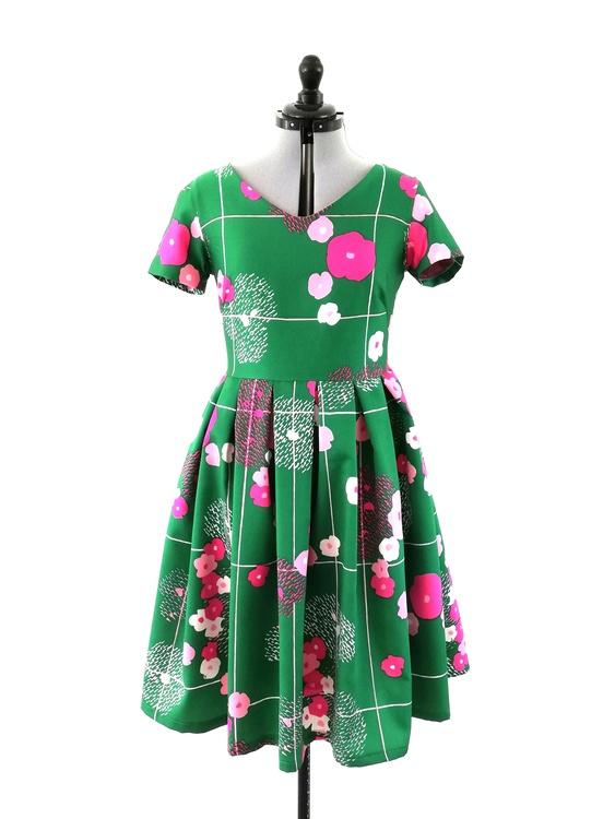 HILLEVI, klänning storlek M