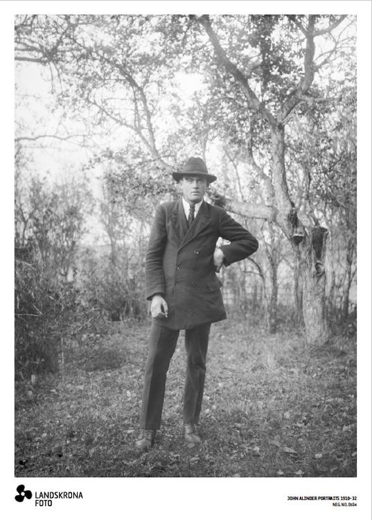 Poster - John Alinder Porträtt 1910-32 NEG. NO. 0594  50x70cm