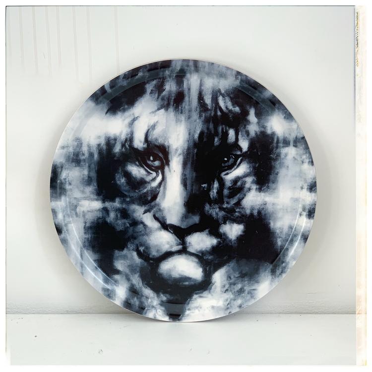 Black tiger Bricka  2