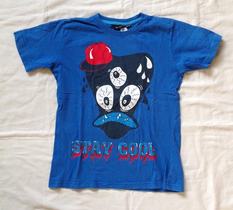 Blå t-shirt stl 134/140