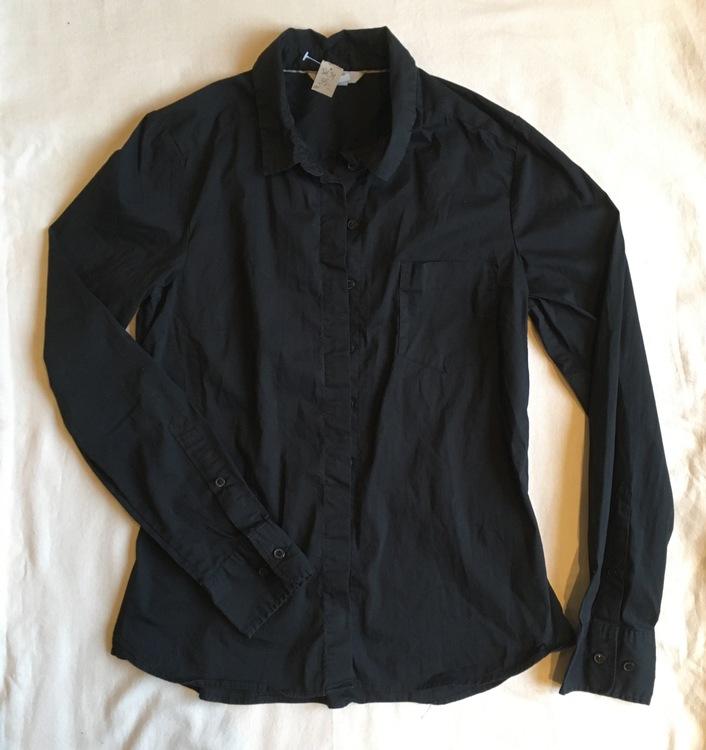 Svart skjorta stl 34