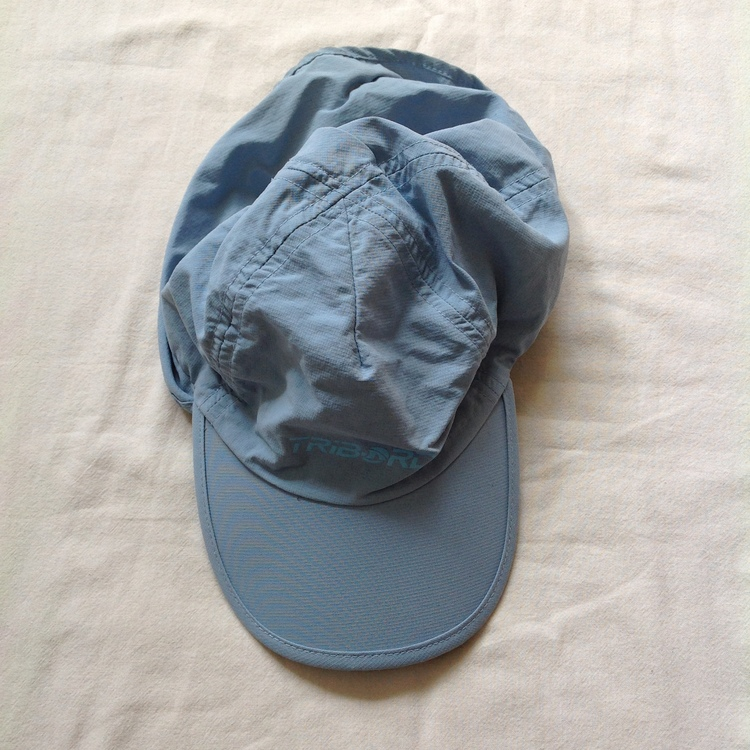 Blå keps stl 3-4 år