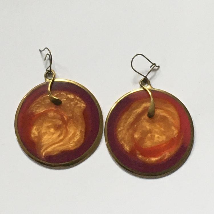 Orange örhängen