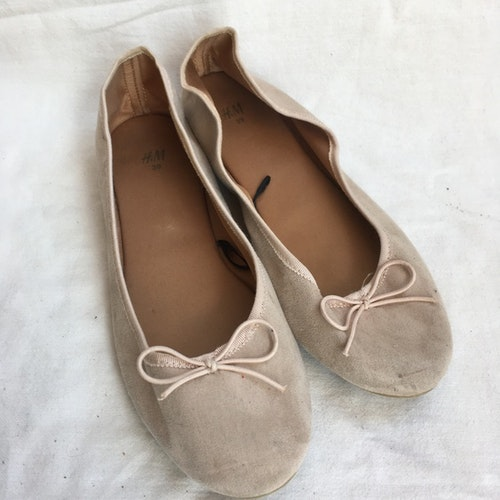 Rosa ballerinaskor stl 39