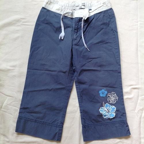 Blå byxor stl 134