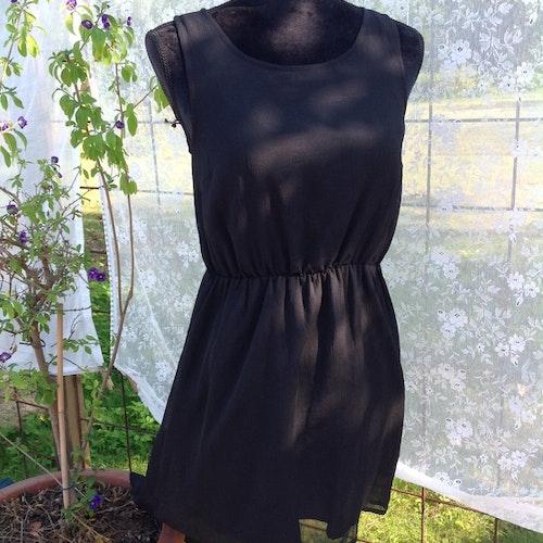 Svart klänning stl XS
