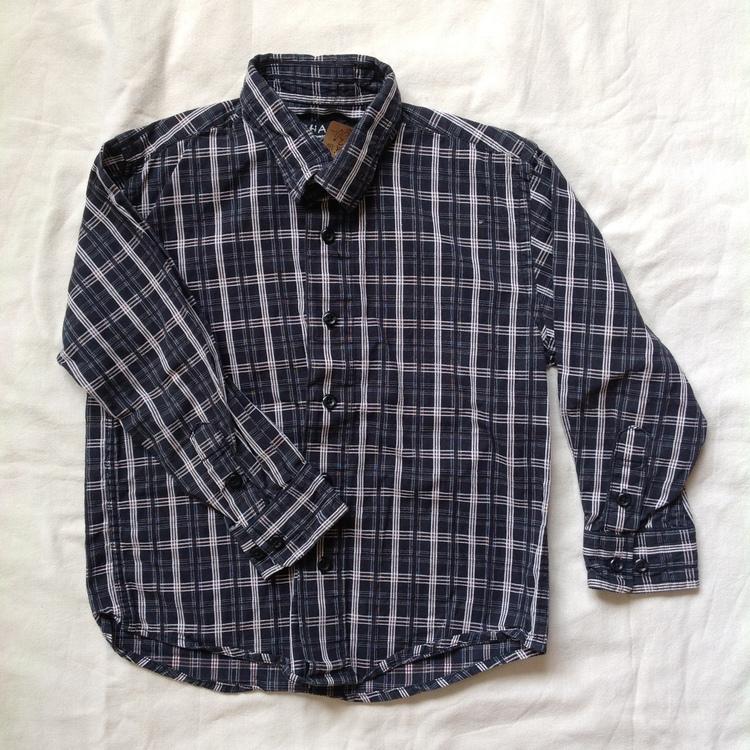 Svartrutig skjorta stl 110