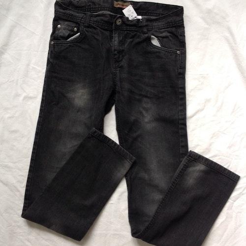 Svarta jeans stl 170