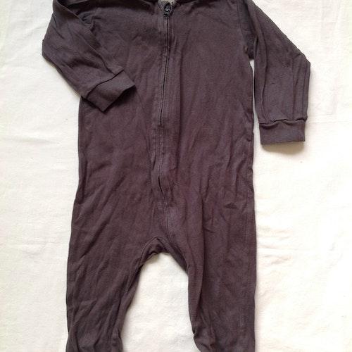 Grå pyjamas stl 74