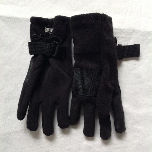 Svarta handskar stl 122/128