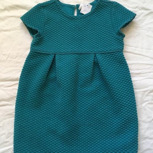 Grön klänning stl 92