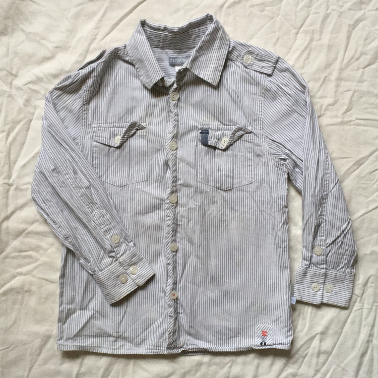 Randig skjorta stl 122