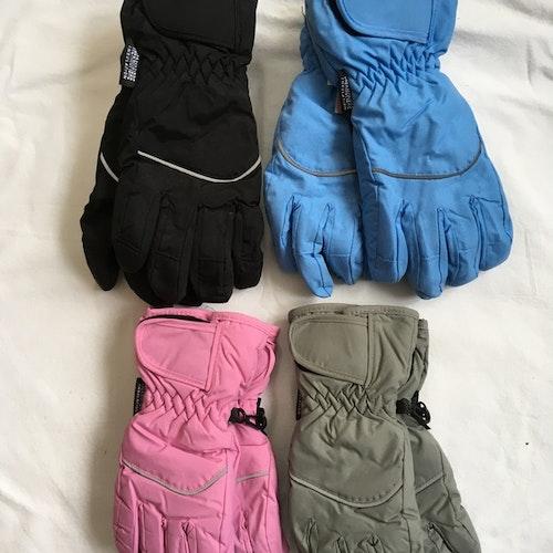 Tjocka handskar stl 3/4-9/10 år