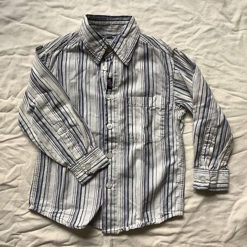 Randig skjorta stl 92