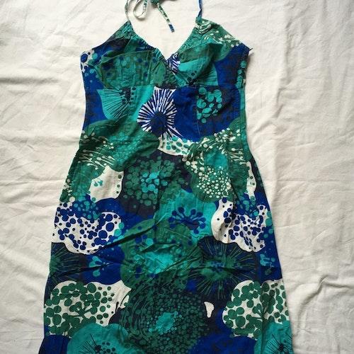 Grön klänning stl 36