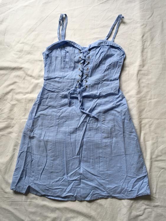 Blå klänning stl 34