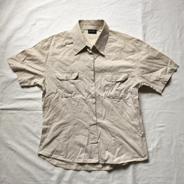 Beige skjorta stl M