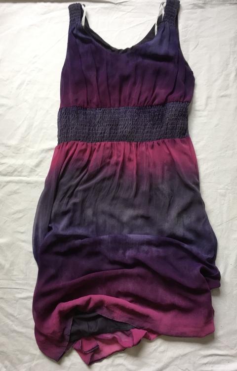 Lila klänning stl 42