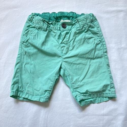 Mintgröna shorts stl 74