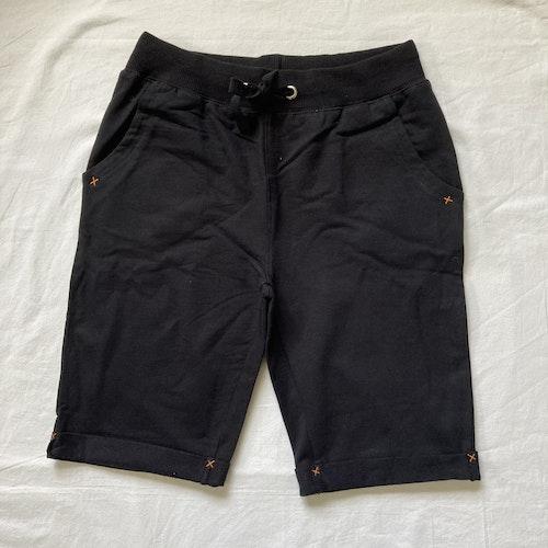 Svarta shorts stl 134-164