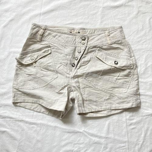 Beige shorts stl 40
